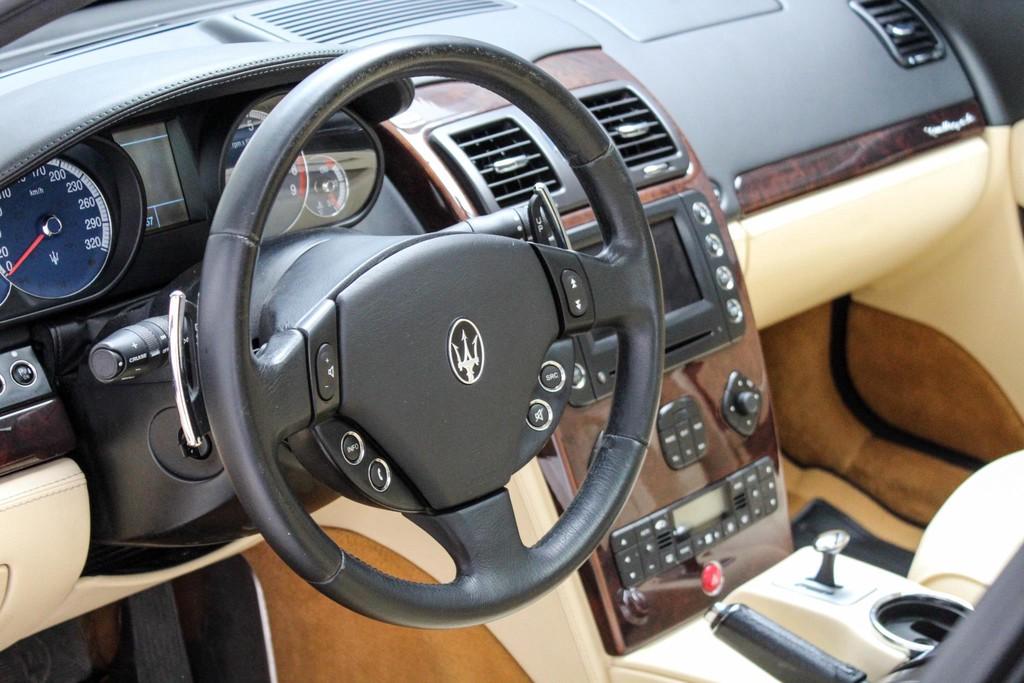 https://www.vanleukenautomotive.nl/uploads/occasions/24509537/7.jpg