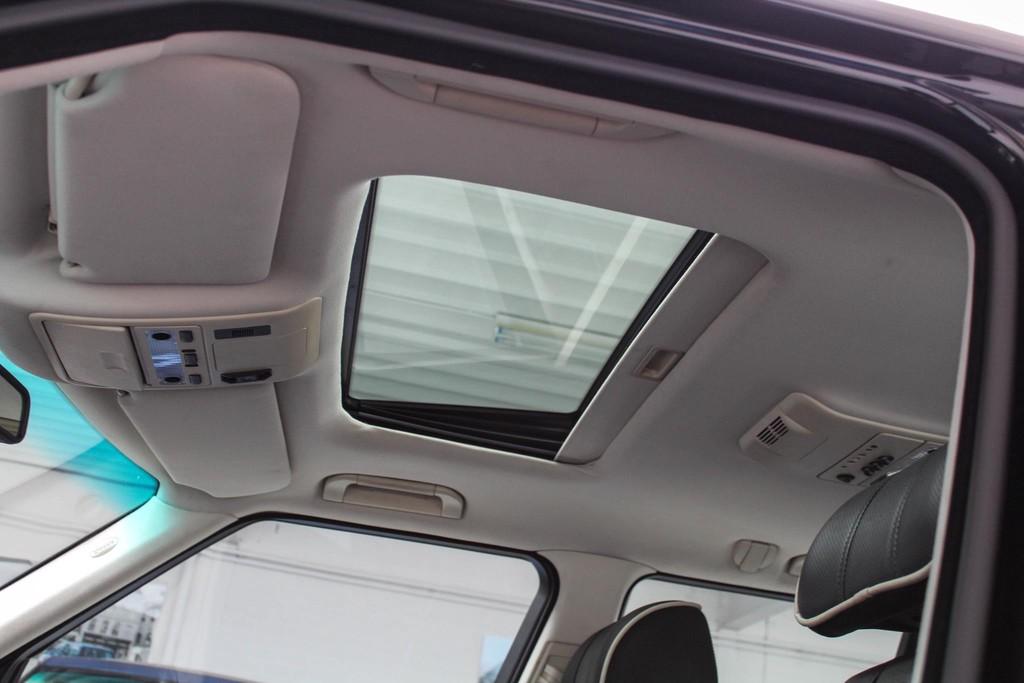 https://www.vanleukenautomotive.nl/uploads/occasions/25873951/17.jpg