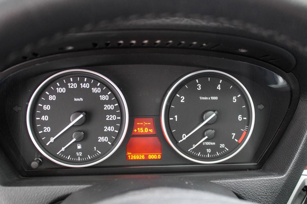 https://www.vanleukenautomotive.nl/uploads/occasions/26445622/15.jpg