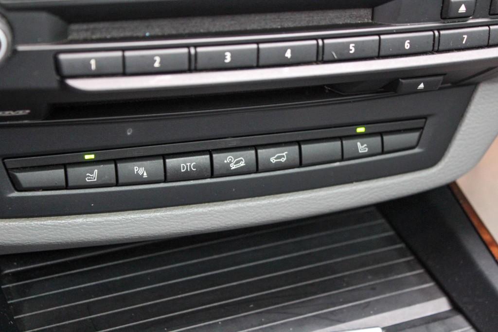 https://www.vanleukenautomotive.nl/uploads/occasions/26445622/19.jpg