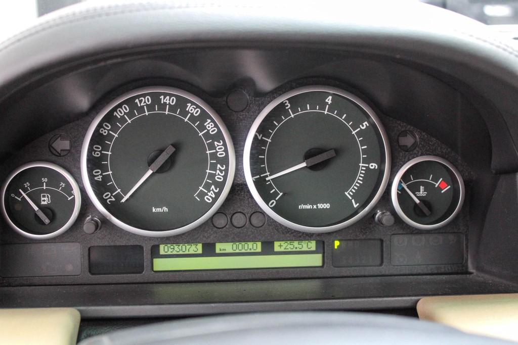 https://www.vanleukenautomotive.nl/uploads/occasions/26735140/15.jpg