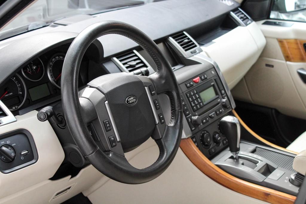 https://www.vanleukenautomotive.nl/uploads/occasions/27346609/7.jpg