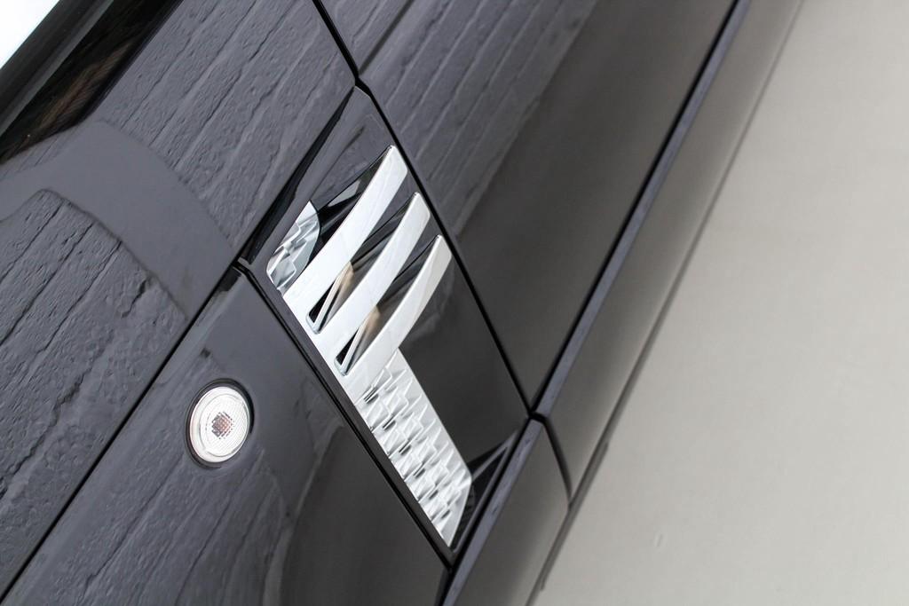 https://www.vanleukenautomotive.nl/uploads/occasions/27351774/34.jpg
